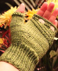 Patron de tricot - Mitaines irlandaises - À la maille suivante (03)