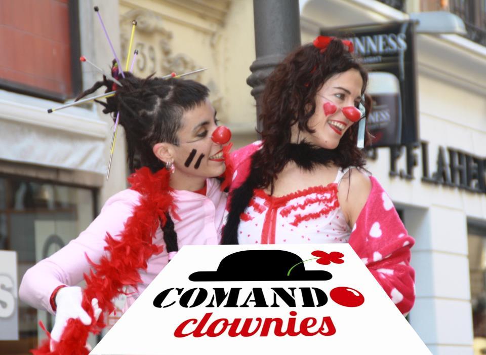 artinCom_entrevista_FOTO-LOGO comando- clownies