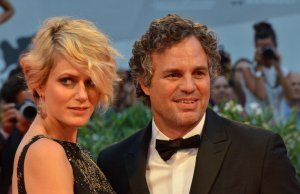 Mark Ruffalo e Sunrise Coigney sul red carpet del film Spotlight. Venezia72 foto Valentina Zanaga