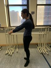 """""""Pulling up"""" from the front of the hips and contracting the abdominals leads to reduced mobility of the hips"""