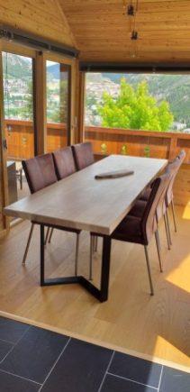 Table en frêne pied acier
