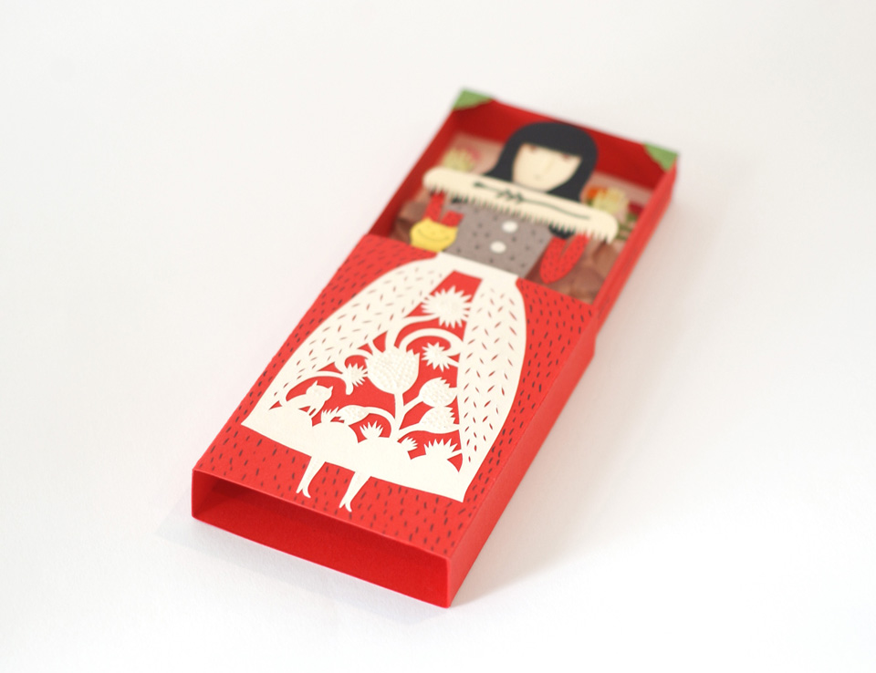 Paper Box by elsa mora