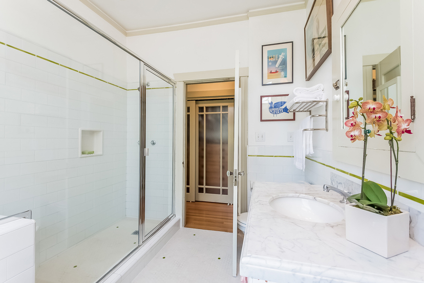 027-Master_Bathroom-1096033-mls
