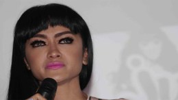 Hati Julia Perez Sudah Tertutup Untuk Gaston Castano