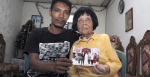 Pemuda 28 Tahun Menikah Dengan Nenek Usia 82 Tahun