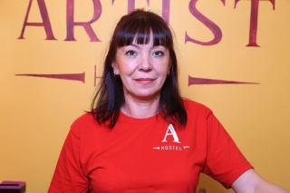 Лариса - администратор в хостеле Artist Hostel на Бауманской