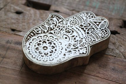 Blockprint ornament Hand