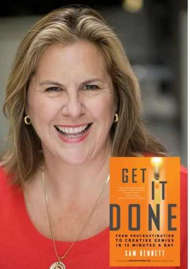 Samantha Bennett is the creator of www.TheOrganizedArtistCompany.com, dedicated to helping creative people get unstuck from whatever way they're stuck, especially by helping them focus and move forward on their goals.