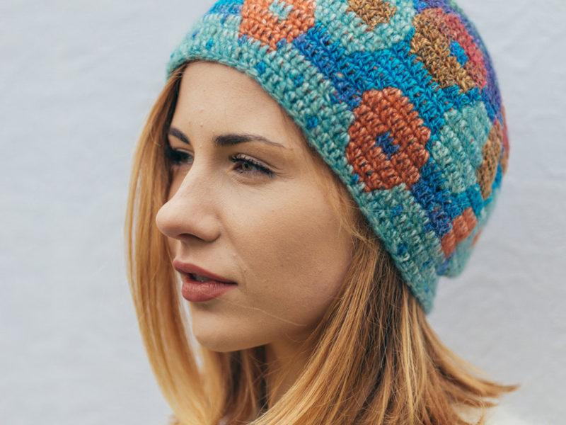 Tija Crochet Hat Floral Bubbles blue and orange