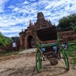 Carriole à Bagan