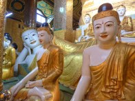 Dragon village Bouddha
