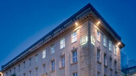 Deutsche Guggenheim Will Close This Year,