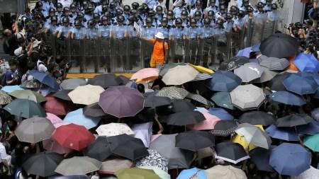 Morning Links: Umbrella Movement Edition
