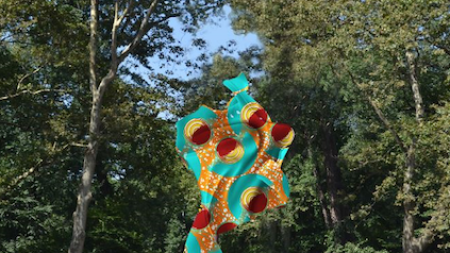 Yinka Shonibare Install 23-Foot-Tall 'Wind Sculpture'