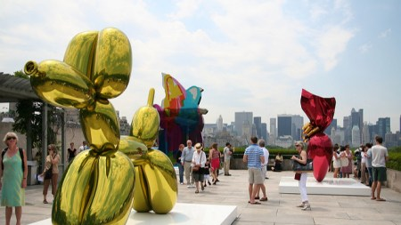 Collector Sues Gagosian Gallery, Jeff Koons