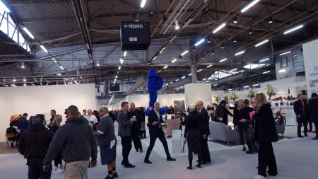 Armory Show Survives Pier Pressure, Sees