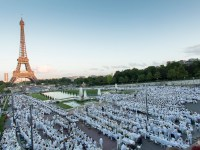 Dîner en Blanc: Keep a Secret, Pass it On