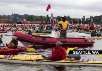 Seattle Activists Protest Shell Oil In Kayaks (May 2015)