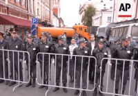 Russians fill Moscow's streets in anti-Putin protest (July 2015)