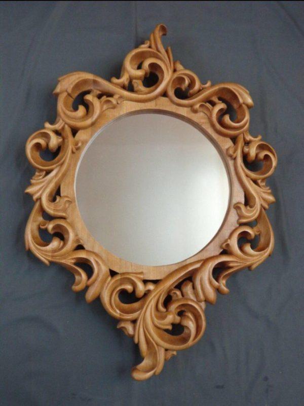 Деревянный аксессуар: Рама для круглого зеркала