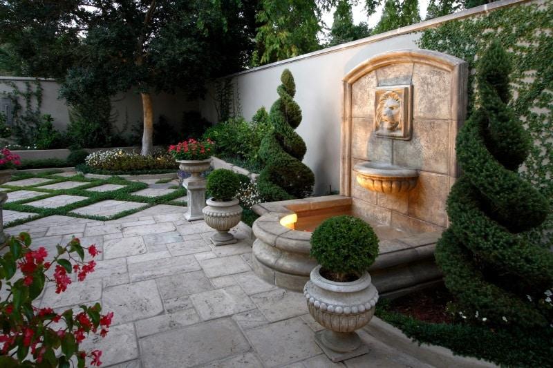 7 Inspiring Backyard Landscape Design Ideas • Art of the Home on Backyard Feature Walls  id=82637