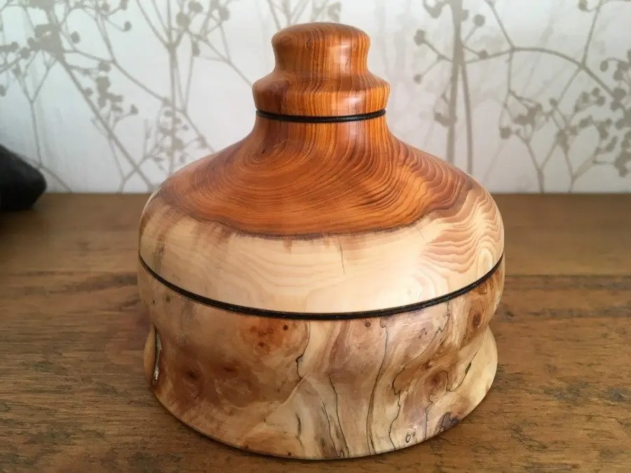 Horse Chestnut and English Yew Wooden Box