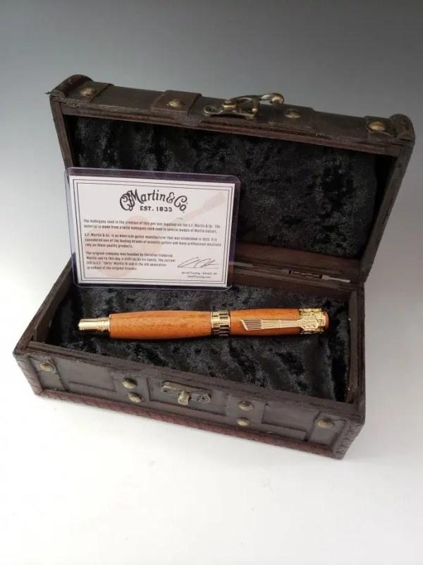 Martin guitar mahogany pen with display box, fountain pen