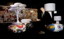 Marcel Wanders dans l'exposition Pinned Up At The Stedelijk - 25 Years of Design - Courtesy Of Marcel Wanders