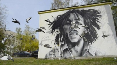 Great_Portraits_Murals_of_Iconic_Personalities_by_Belarusian_Street_Artist_HoodGraff_2016_10-768x429