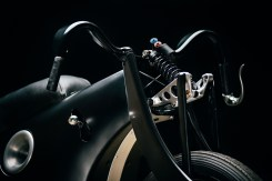 revival-cycles-bmw-landspeeder-03