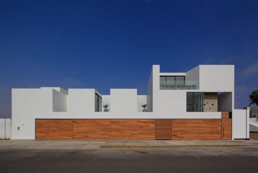 Paracas-façade-1