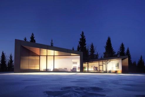 T-House-extérieur-nuit