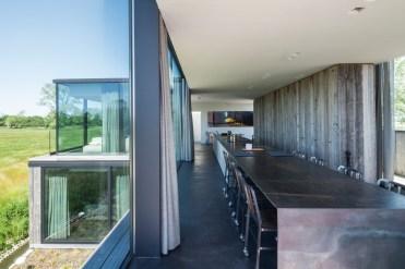 Govaert & Vanhoutte - Résidence DBK table