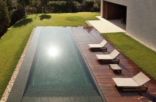 Forest House - piscine vue de haut