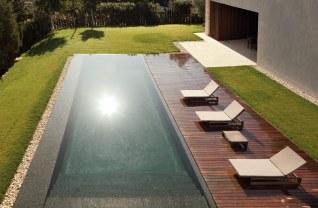 Forest House - piscine vue de haut