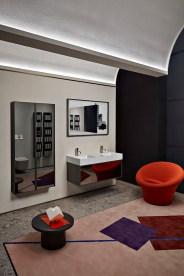 antoniolupi Showroom Milano Bespoke_specchio_riflesso