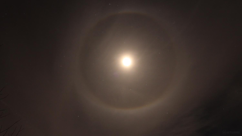 Mondhalo: 22°-Ring am 18. Januar 2019
