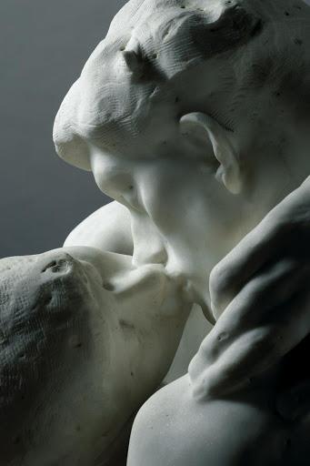 """Фото детали """"Поцелуя"""""""