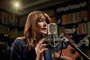 Carla Bruni new album French Touch USA tour February 2018