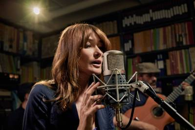 Carla Bruni USA tour February 2018 album French Touch