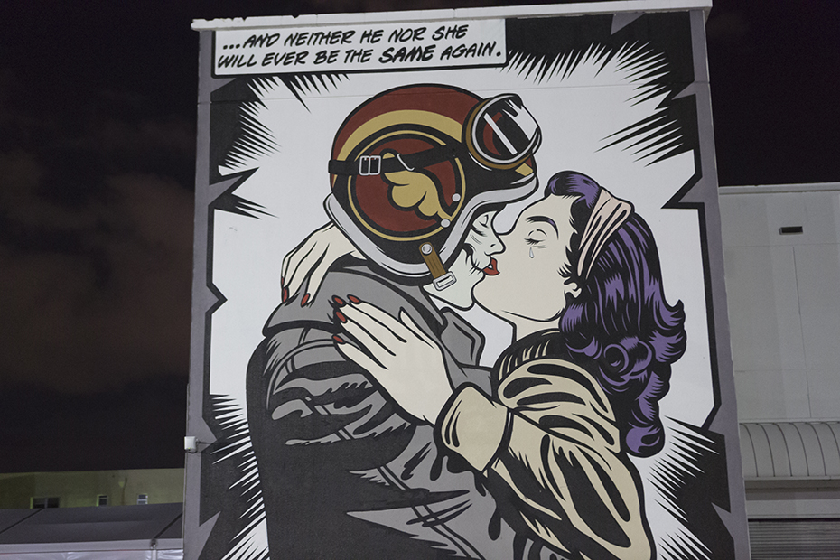 Red Dot Miami Comic Kiss