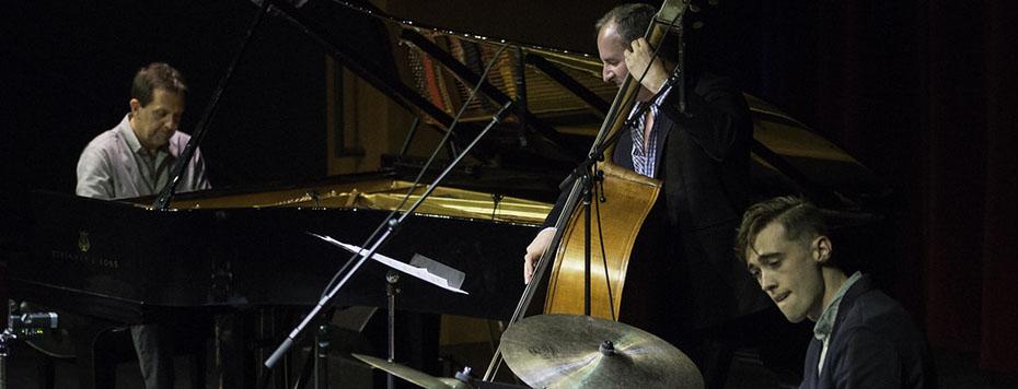 Alan Pasqua Trio