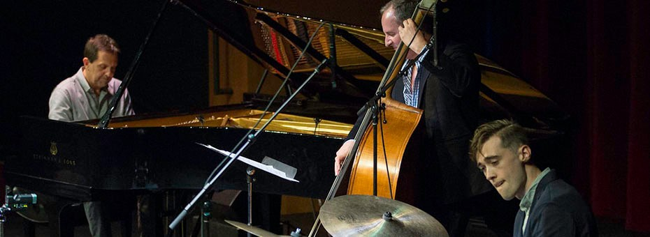 MUSIC | Alan Pasqua, Professor of Jazz Studies at USC Thornton School of Music, has played and recorded with Tony Williams, Jack Dejohnette, Paul Motion.