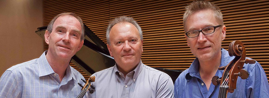 MUSIC | Antoine van Dongen (CSMA faculty, violin), a member of the Rӧntgen Piano Trio is joined by the other two members, pianist and founder, Mark Anderson and cellist Eric Gaenslen.