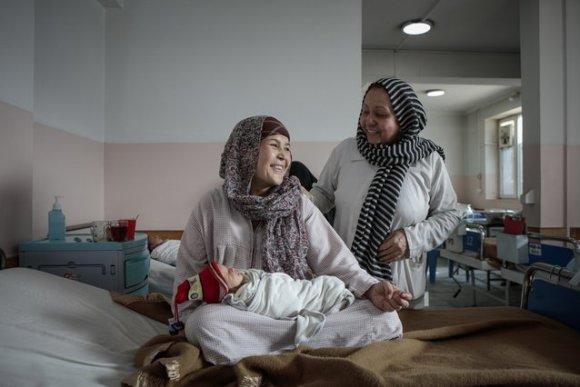 Tweeling in kraamkliniek Artsen zonder Grenzen Afghanistan. © Sandra Calligaro
