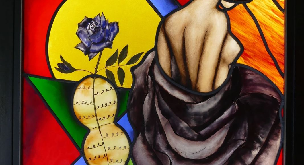 Naissance dans une rose SYLVIE OMETZ