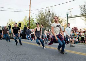 Trey McIntyre Project dancers