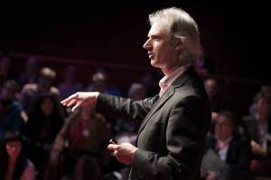 Paul MacAlindin is the Scottish conductor who partners with Iraqi youth and a team of international music educators to lead the NYOI. Image: