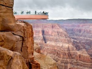 skywalk-grand-canyon-arizona_69640_990x742