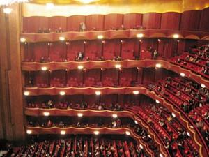350px-Metropolitan_Opera_auditorium
